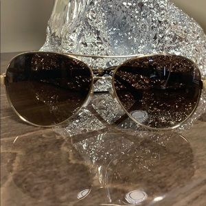 CHANEL Quilted Lambskin Aviator Sunglasses